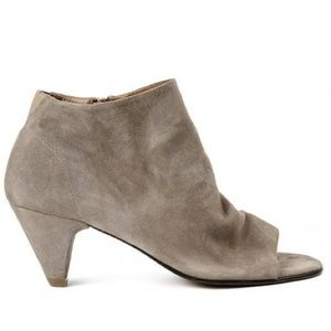 Hudson Taupe Suede Leather Peep Toe H by I547